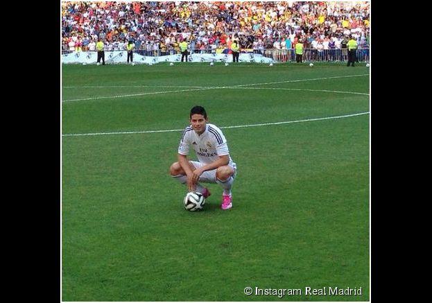 James Rodriguez présenté aux supporters du Real Madrid, le 22 juillet 2014 à Santiago Bernabeu