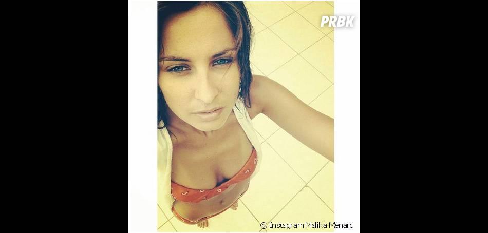 Malika Ménard : selfie sexy en bikini