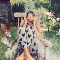 Nabilla Benattia nomine Ayem durant son Ice Bucket Challenge délirant