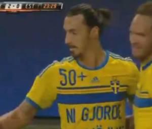 Zlatan Ibrahimovic marque un but contre l'Estonie avec la formation suédoise, le 4 septembre 2014