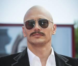 James Franco moustachu et crâne rasé au Festival du Film de Venise, le 5 septembre 2014