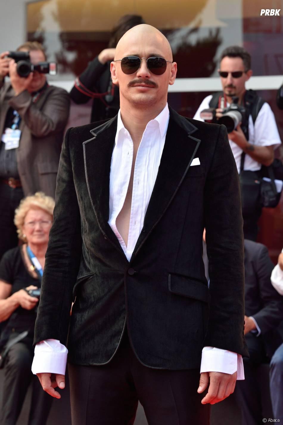 James Franco avec une belle moustache au Festival du Film de Venise, le 5 septembre 2014