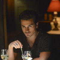The Vampire Diaries saison 6, épisode 2 : Enzo très bad sur les photos