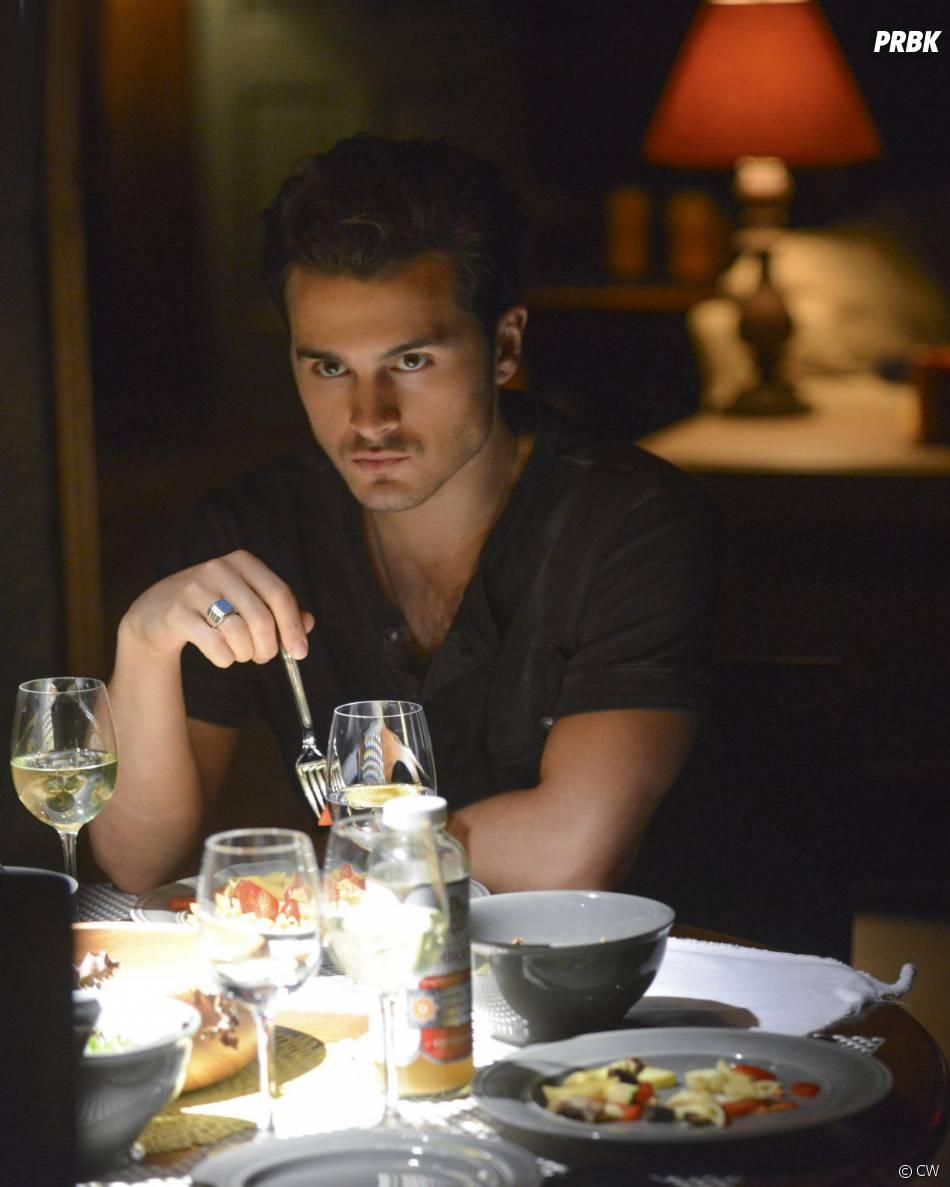 Vampire Diaries saison 6, épisode 2 : Michael Malarkey sur une photo