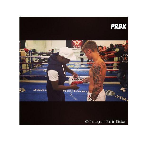 Justin Bieber et Floyd Mayweather en pleine séance de boxe