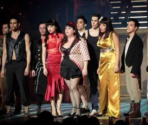 Love Circus : la troupe à la première de Love Circus, le 28 octobre 2014, aux Folies Bergères