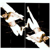 Laury Thilleman : séance d'abdos sexy sur Instagram