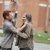 The Walking Dead saison 5, épisode 5 : affrontement sanglant contre les zombies