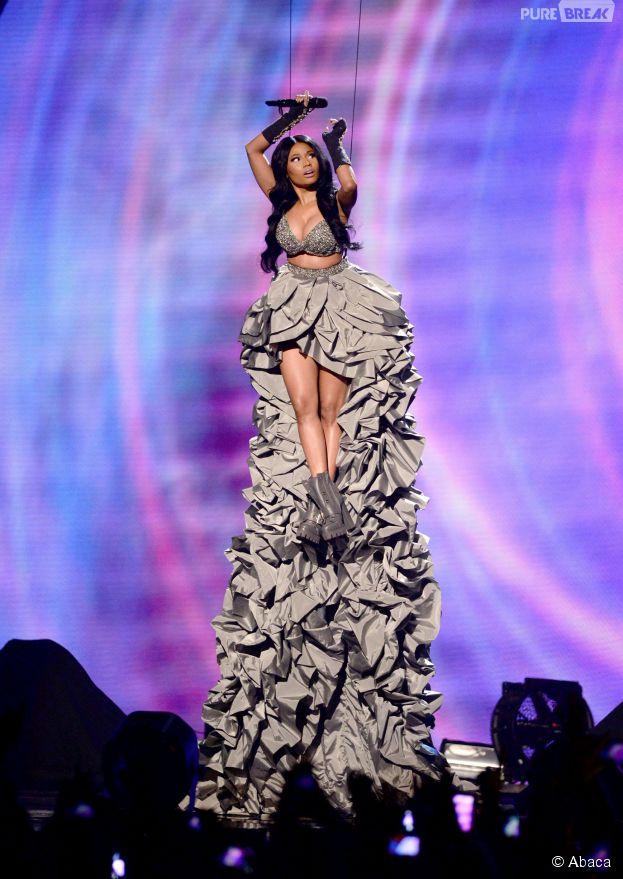 Nicki Minaj : décolleté explosif aux MTV EMA 2014 le dimanche 9 novembre 2014 à Glasgow