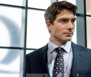Arrow saison 3 : Brandon Routh sera Atom