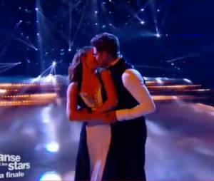 Rayane Bensetti et Denitsa Ikonomova : bisou pendant la finale de DALS 5, le 29 novembre, sur TF1