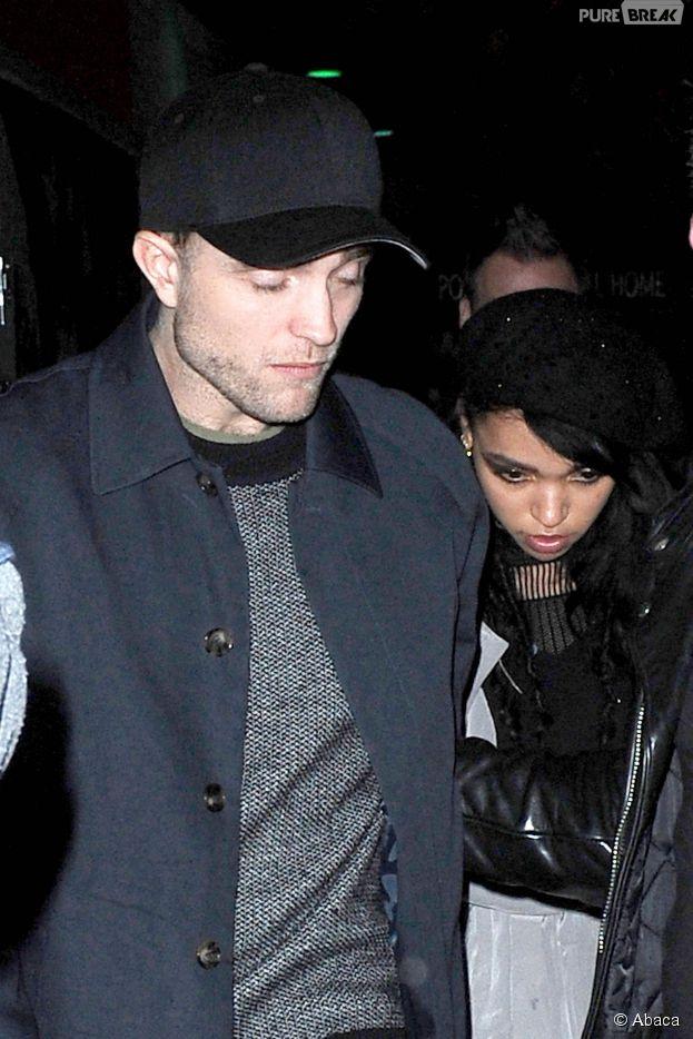 Robert Pattinson et FKA Twigs à New York, le 10 novembre 2014