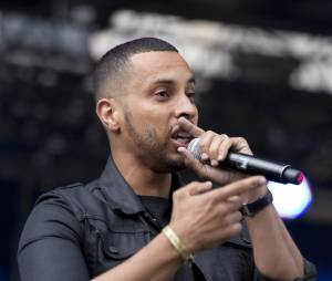 Disiz :le rappeur signe le titre On s'comprend pas avec Kid Wise et Dany Synthé au lendemain des attentats terroristes à Paris en janvier 2015