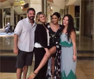Shay Mitchell et ses amis à Bali pour des vacances de rêve