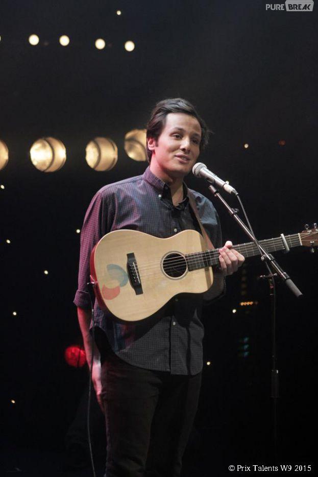 Vianney : le chanteur de 'Pas là' et 'Je te déteste', grand gagnant du Prix Talents W9, diffusé le 7 février 2015