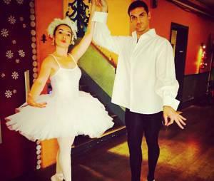Gil Alma et Isabelle Vitari en danseurs sur le tournage de Nos Chers Voisins