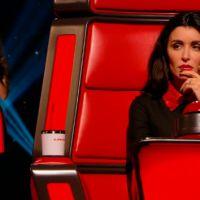 Jenifer vit-elle dans une grotte ? Elle découvre La Reine des Neiges grâce à Cerise dans The Voice 4