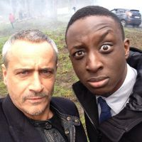 Ahmed Sylla : moments complices avec Jean-Michel Tinivelli sur le tournage d'Alice Nevers