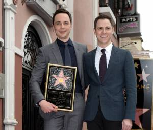 Jim Parsons (Big Bang Theory) et son petit ami Todd Spiewak : l'acteur inaugure son étoile sur le Walk of Fame d'Hollywood Boulevard, le 11 mars 2015