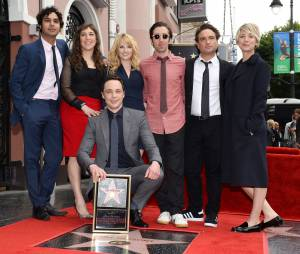 Jim Parsons et tout le casting de Big Bang Theory : l'acteur inaugure son étoile sur le Walk of Fame d'Hollywood Boulevard, le 11 mars 2015
