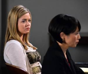 Pretty Little Liars saison 5, épisode 24 : Alison sur une photo