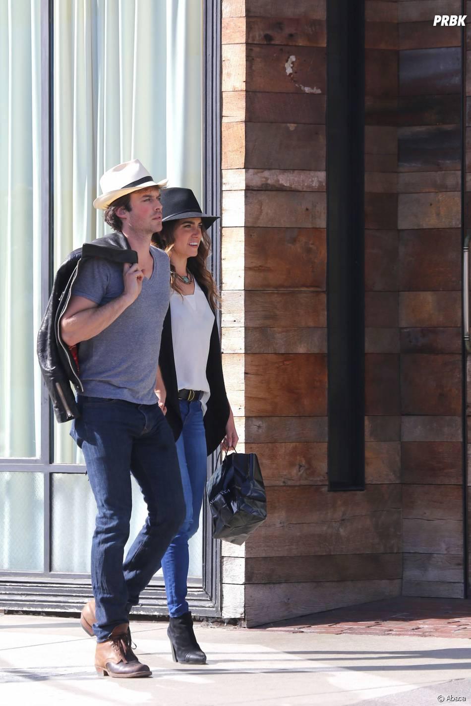 Ian Somerhalder et Nikki Reed : balade en amoureux à Los Angeles le 6 avril 2015