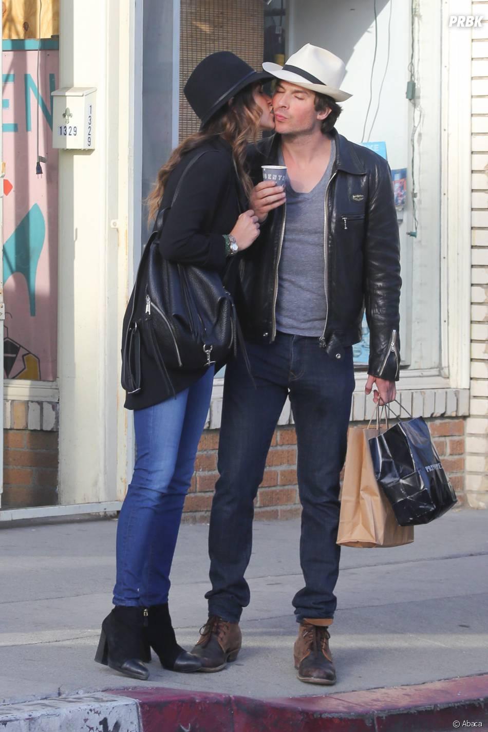Ian Somerhalder et Nikki Reed s'embrassent à Los Angeles le 6 avril 2015