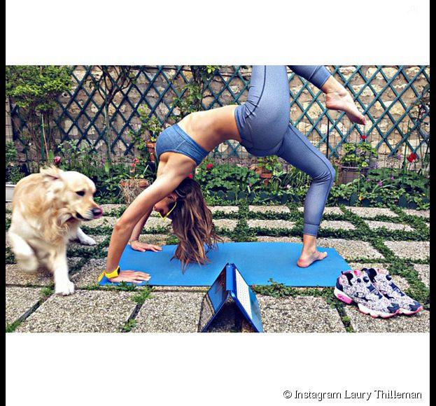 Laury Thilleman : Séance yoga sexy sur Instagram