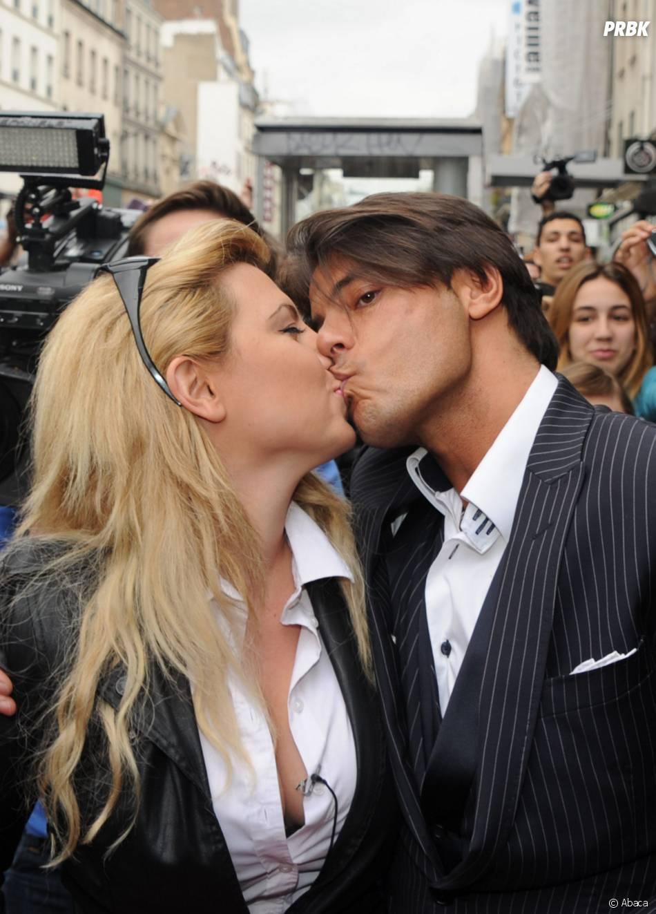 Giuseppe et Cindy Lopes en couple pendant Carré Viiip, le 30 mars 2011 à Paris