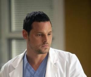 Grey's Anatomy saison 10 : Alex raîdement de retour à l'hôpital