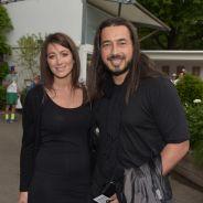 Moundir bientôt papa : sa femme Inès exhibe son baby bump à Roland Garros