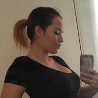 Kelly Helard enceinte : baby bump, test de grossesse et coup de gueule sur Facebook