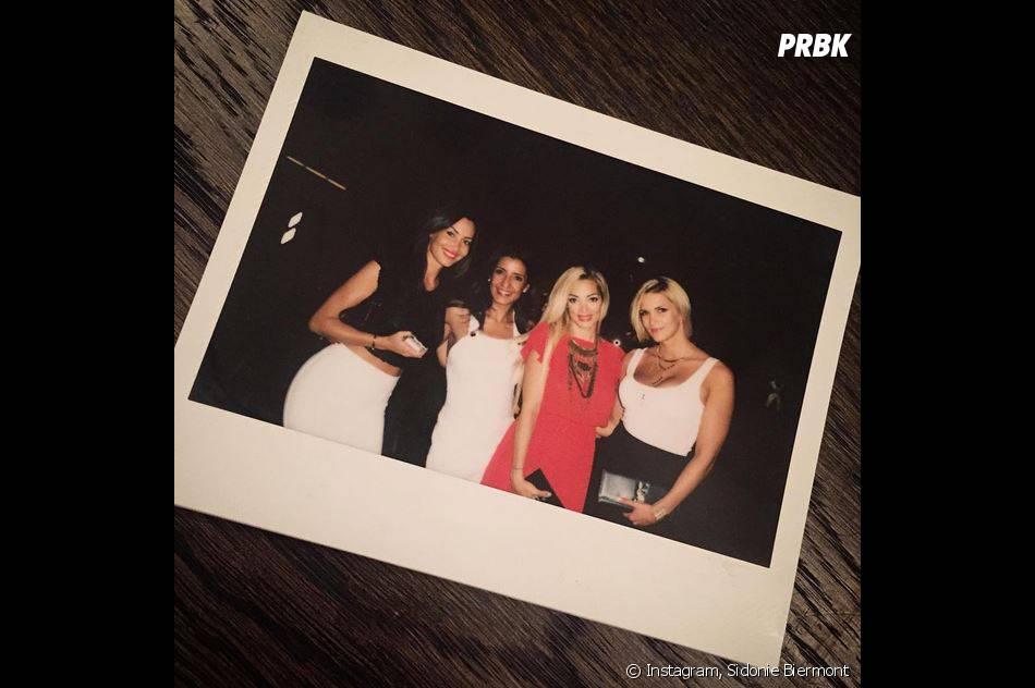 Emiline Nef Naf etSidonie Biemontpour leurs adieux sur Instagram, le 11 juillet 2015
