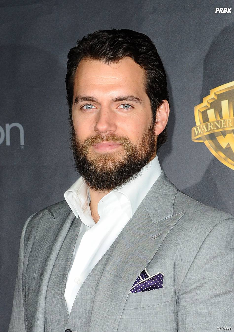 Fifty Shades of Grey 2 : Henry Cavill au casting ? Il répond aux rumeurs