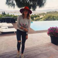 """Caroline Receveur : coup de gueule contre """"la drague à la française"""" sur Snapchat"""