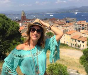 Eve Angeli en vacances à Saint-Tropez