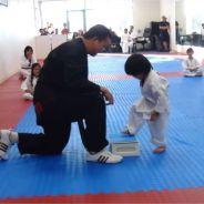 Trop mignon : ce bout de chou qui apprend le taekwondo va vous faire fondre
