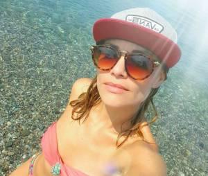 Joy Esther sexy en bikini pendant ses vacances en Sicile, le 15 juillet 2015