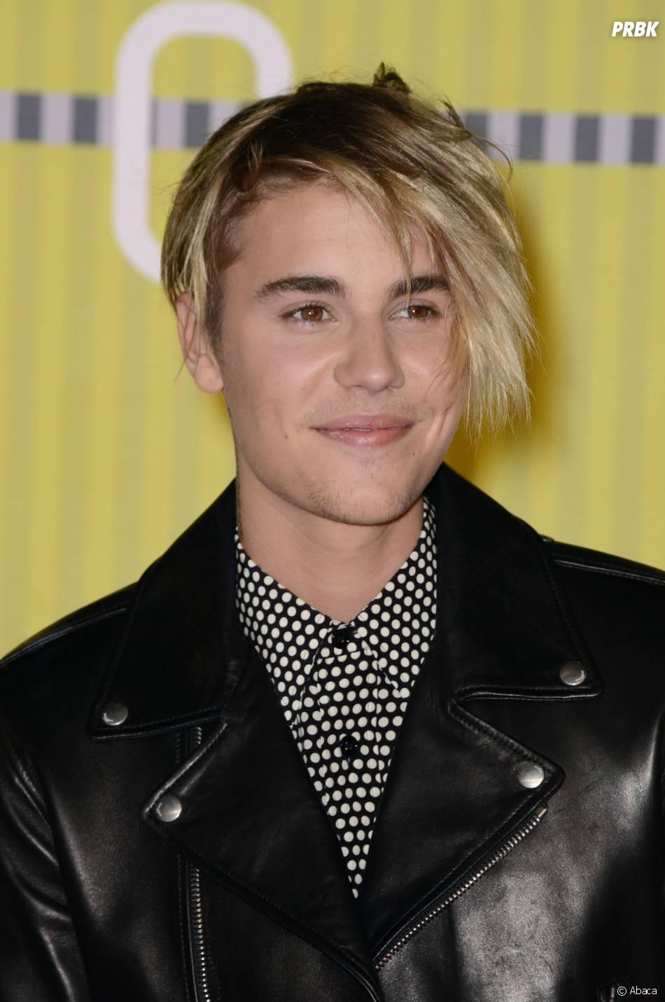 Justin Bieber sur le tapis rouge des MTV Video Music Awards 2015