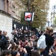 Justin Bieber : émeute et concert inédit pour ses fans devant les studios de NRJ à Paris, le 16 septembre 2015