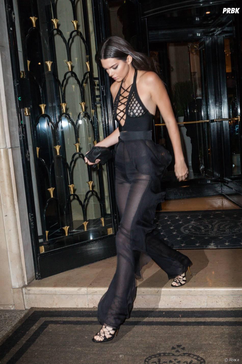 Kendall Jenner hot à Paris, le 30 septembre 2015 - Purebreak