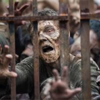 The Walking Dead saison 6 : zombies vs humains, l'affrontement le plus mortel à venir ?