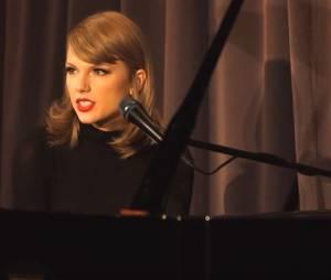Taylor Swift : confidences sur son ancien couple avec Harry Styles, lors de sa performance au Grammy Museum, le 30 septembre 2015