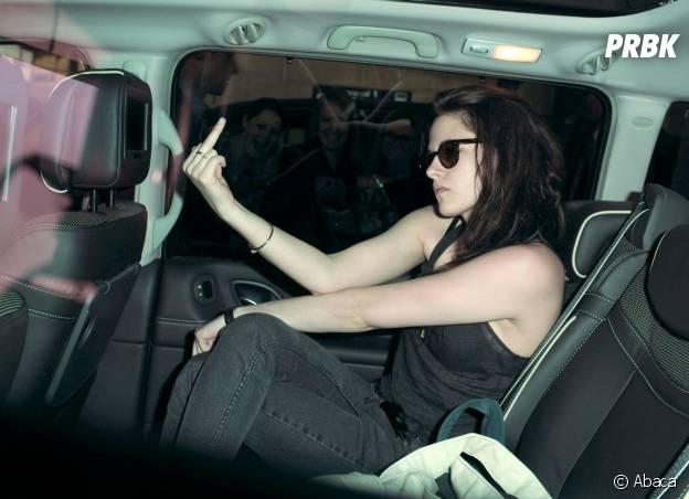 """Kristen Stewart : spécialiste des """"fuck"""" aux paparazzi comme ici au Festival de Cannes en 2012"""