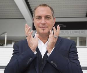 Messmer, aka Eric Normandin, est la star de l'hypnose