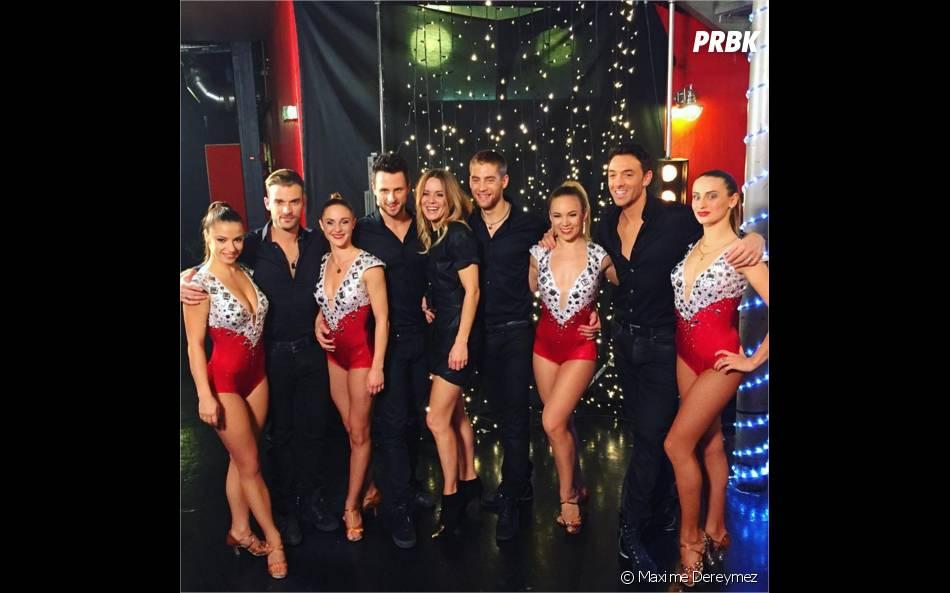 Maxime Dereymez et les danseurs de Danse avec les Stars soutiennent Veronic Dicaire dans les coulisses de l'enregistrement de Tout le monde chante contre le cancer