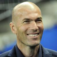 David Beckham, Soprano... Les people félicitent Zinedine Zidane, nouvel entraîneur du Real Madrid