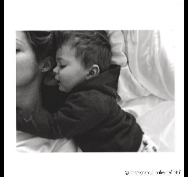 Emilie Nef Naf avec son fils Menzo sur Instagram, le 7 janvier 2016