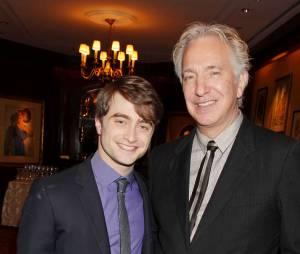 Alan Rickman pose avec Daniel Radcliffe