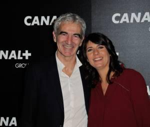 Estelle Denis et Raymond Domenech en couple à la soirée du groupe Canal+, D8, D17 et iTélé à Paris, le 3 février 2016